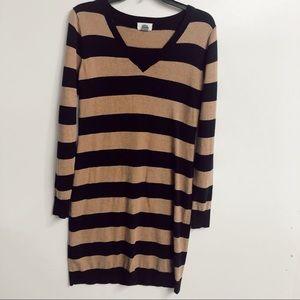Old Navy V Neck Sweater stripe dress sz small✨